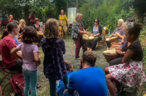 Aktivhof Oelsberg - Tag des offenen Hofes - Trommeln mit Dagmar
